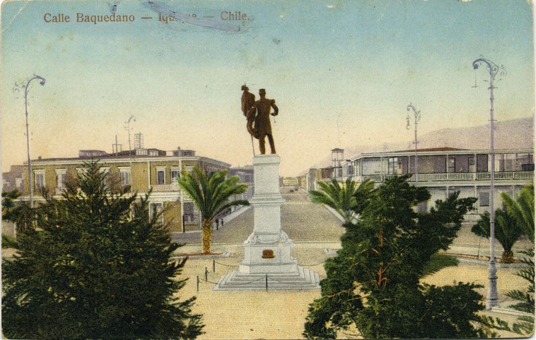 Calle-Baquedano-Monumento-A.-Prat