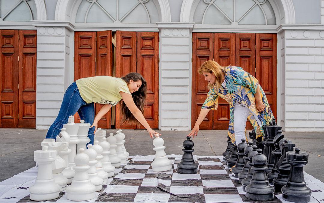 jugadoras-de-ajedrez-gambito-de-dama-iquique-foto-franco-miranda-2